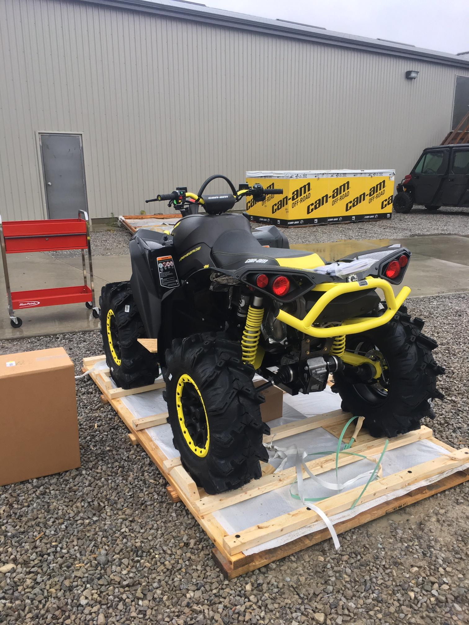 CAN AM UPPER A ARM LEFT SIDE  CAN AM OUTLANDER RENEGADE 1000 850 800 650